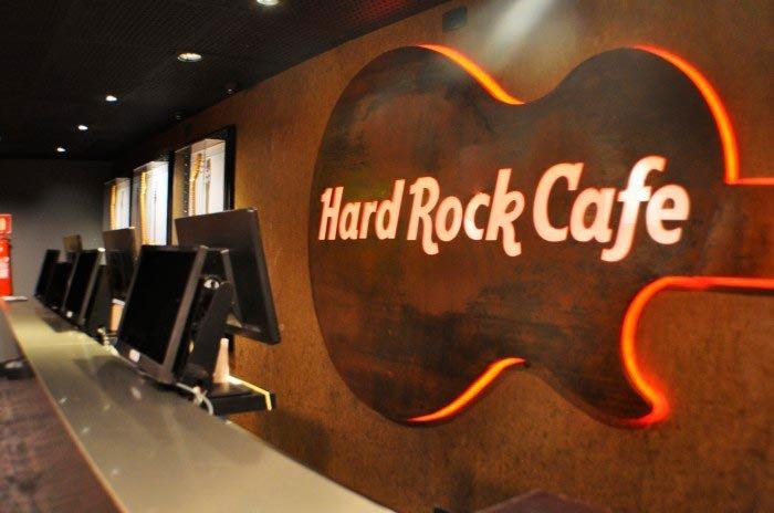Aço Corten Hard Rock Café